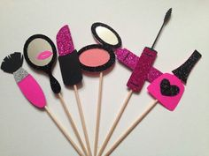 Makeup Cupcake Toppers Spa Party by BirdInACageCreations on Etsy Barbie Birthday Party, Spa Birthday, Barbie Party, Birthday Party Themes, Spa Party Decorations, Makeup Themes, Makeup Tips, Gold Party, Cupcake Party