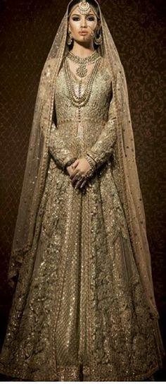 Pakistani and Indian Clothing,Pakistani Salwar Kameez and Indian Sarees, Asian Dresses in Europe, USA and Canada Pakistani Wedding Dresses, Pakistani Outfits, Indian Dresses, Indian Outfits, Indian Clothes, Pakistani Clothing, Punjabi Wedding, Dresses Dresses, Asian Wedding Dress