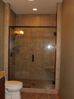 Photo of Beige Bathroom project in BLOWING ROCK, NC by VPC Builders