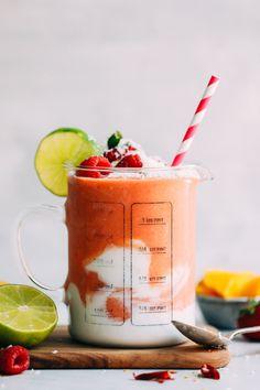 Banana smoothie with blender - Clean Eating Snacks Mango Smoothie Recipes, Smoothie Prep, Raspberry Smoothie, Apple Smoothies, Vegan Smoothies, Smoothie Bowl, Breakfast Smoothies, Portobello, Smothie