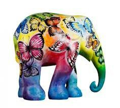 Beauty In Freedom by Naoppawan Nuansiri, Trier-Luxembourg Elephant Parade Asian Elephant, Grey Elephant, Little Elephant, Elephant Art, Elephant Stuff, Elephant Family, Elephant Tattoo Design, Elephant Design, All About Elephants