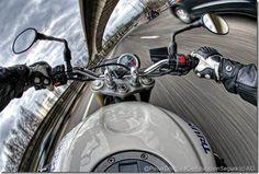 Técnica y consejos para frenar de manera eficaz y segura con tu moto