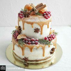 christmas cake Weihnachtskuchen, der Id - Christmas Cake Decorations, Christmas Desserts, Christmas Treats, Christmas Themed Cake, Christmas Cake Designs, Fondant Decorations, Christmas Wedding, Pretty Cakes, Beautiful Cakes
