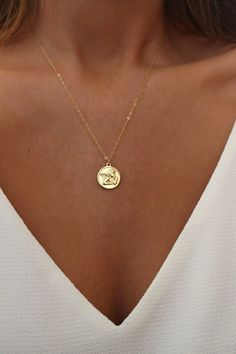 Angel Medallion Necklace - Angel Necklace - Gold Coin Necklace - Layering Necklace - Medallion Necklace - Christmas Gift - Gold Necklace silver jewellery Your place to buy and sell all things handmade Gold Filled Jewelry, Gold Jewelry, Jewelry Accessories, Jewelry Necklaces, Clean Jewelry, Pearl Necklaces, Wooden Jewelry, Vintage Accessories, Jewelry Box