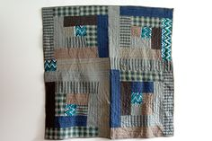 This is a bed-sized quilt.. GIANT log cabin. I love this!