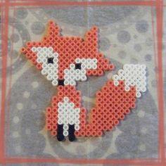 Petit renard en perles ...