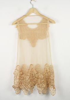 Loose, antique lace // Lingerie, or layered over a maxi... velvet belt?