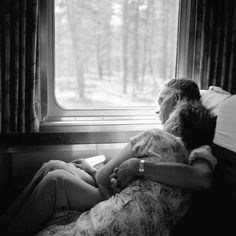 Vivian Maier, Couple on a Train, 1956.
