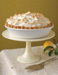 A classic Lemon Meringue Pie #recipe. Yes, please!