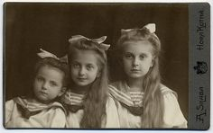 TRH Princesses Anna, Alix and Margarethe of Saxe (from left) in 1910