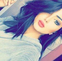 follow@hajirkhan777*** Beautiful Girl Makeup, Cute Beauty, Beautiful Girl Image, Beauty Full Girl, Teenage Girl Photography, Girl Photography Poses, Stylish Girls Photos, Stylish Girl Pic, Cute Girl Photo