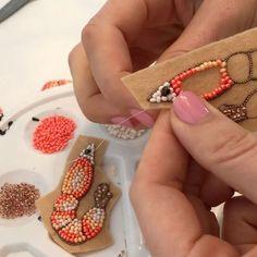 И так целый день)))) #oceanjewelry #seacreature #брошькреветка #брошьручнойработы #морскаятема #авторскаяброшь #zefirinastudio #студиязефириной #broochbeads #beadedbrooch #nauticaljewelry #shrimpjewelry #beachjewelry #beachwedding #weddinggift #weddingjewellery #oceanjewelry #authorjewelry #uniquebrooch #uniquejewelry #beadembroidered #beadedaccessories #embroideryart #miamijewelry #ukrainiandesigner #pinkjewelry