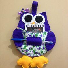 Ima de geladeira coruja com bloco e caneta, feito em feltro. Ideal para lembrancinhas de natal.