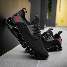 2019 new Men Casual Gucci Shoes Best Running Shoes, Running Sneakers, Casual Sneakers, Sneakers Fashion, All Black Sneakers, Casual Shoes, Men Casual, Men Sneakers, Hype Shoes