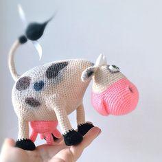 Sunny cowSold. #laughingmouth #lm_soldout #cow #amigurumi #crochettoy #pattern_by_kalmykova ✍️Pattern in Russian by Yulia Kalmykova…