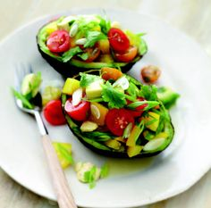 Martha Stewart Recipe: Avocado Salad With Bell Pepper and Tomato #vegan #recipe #yummy