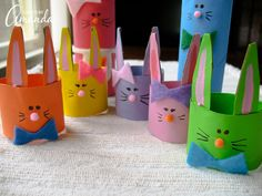 Cardboard Tube Bunny Rabbit Family -- we could make them about 500 times larger for cute Easter hats for toddlers. Easter Crafts To Make, Family Crafts, Easter Crafts For Kids, Holiday Crafts, Craft Kids, Easter Activities, Craft Activities, Preschool Crafts, Toilet Paper Roll Art