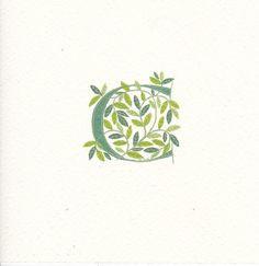 Lettre initiale « C » en vert foncé avec printemps vert feuilles sur papier aquarelle de qualité et encadrée dans une monture en ivoire.  Feuilles dans les tons de la pale et vert moyen pour printemps, représentant la nouvelle croissance et nouveaux commencements. .  La taille finale de la pièce est - 120 x 120mm ou carré 4 et 3/4, y compris la monture.  Commande ne sera envoyée dans les 3-5 jours dêtre passée et payée pour - de première classe if au sein du Royaume-Uni et par la poste…