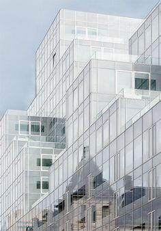 The transparent building by Jef Van den Houte on 500px