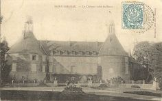 Saint-Fargeau - Le château, côté du parc.