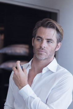 Chris Pine for Armani Code Colonia 2017