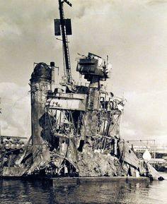 80-G-242092: Japanese Attack at Pearl Harbor, 7 December 1941. USS Shaw (DD…