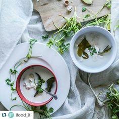 """#Repost @ifood_it with @repostapp  Un'idea per stasera che strizza l'occhio all'Oriente!  ricetta suwww.ifood.it  cerca: """"Zuppa thai con latte di cocco pollo lemongrass e galanghal""""  #ifoodit #ifoodrecipe #thaifood"""