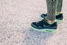 Walk the streets in style. Kicks to mix and match with your everyday athletic gear. The Nike Air Max Lunar1. #airmax