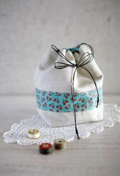 Small Drawstring Gift Bag ~