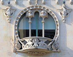 Casa Lleó i Morera - Lluís Domènech i Montaner 1902-06. (Barcelona, Catalonia).