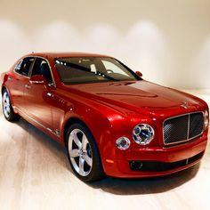 Bentley Mulsanne (The Limousine Supercar) - Super Car Center Ferrari, Bugatti Cars, Bently Car, Bentley Arnage, Rich Cars, Bentley Rolls Royce, Bentley Motors, Bentley Mulsanne, Lux Cars