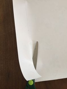 Make your own DIY drawer liners using wrapping paper. Drawer liners add such a pretty detail to your furniture makeovers. Plastic Drawers, Diy Drawers, Diy Drawer Liners, Diy Paper, Furniture Makeover, Plastic Cutting Board, Hacks, Bed, Pretty