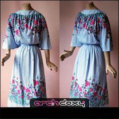 Vintage 1970s Lilac Scarf Print Slash Neck Bohemian Caped Sleeve Dress - UK14