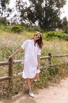 30 Boho Linen Dresses for Effortless Summer Look – BelleTag Classy White Dress, White Linen Dresses, Linen Summer Dresses, Womens Linen Clothing, Summer Dress Outfits, Summer Clothes, Spring Outfits, Thick Girl Fashion, Boho