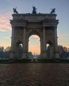 Arco della Pace questa mattina Milano 26-12-2016