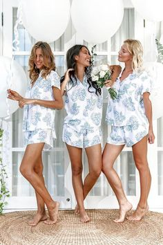 What to Wear to a Bachelorette Party 5 Matchy Casual Dress Codes You'll Love! Bridesmaid Get Ready Outfit, Bridesmaid Pyjamas, Bridesmaid Getting Ready, Bridesmaid Gifts, Bridesmaid Proposal, Katherine Ross, Blue Hydrangea, Pajama Shorts, Party