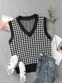 Pata de Galo ocasional Top de malha | SHEIN EUR Cute Lazy Outfits, Retro Outfits, Outfits For Teens, Cool Outfits, Trendy Outfits, Vest Outfits, Fashion Outfits, Camisa Oversized, Knit Cardigan Outfit