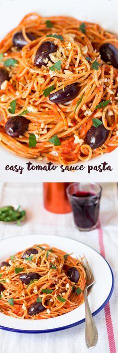 Vegan tomato sauce pasta