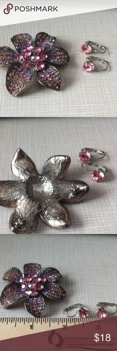 Vintage brooch set Pierce earrings and crystals brooch approximately 2'1/2 wide to 2'1/2 long pretty pinky colors Jewelry Brooches