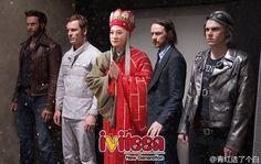 """Ảnh chế hài hước: Khi Đường Tăng tấn công các """"bom tấn"""" - http://www.iviteen.com/anh-che-hai-huoc-khi-duong-tang-tan-cong-cac-bom-tan/ Mới đây, một thành viên của trang weibo đến từ Trung Quốc đã ra tay """"xào nấu"""" lại các tác phẩm điện ảnh nổi tiếng và đưa vào đó một nhân vật huyền thoại: Đường Huyền Trang trong tác phẩm Tây Du Ký  – người đàn ông đã khiến bao nhiêu yêu qu�"""