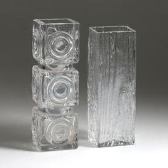 VASER, 2 st, glas, Bengt Edenfalk, Skruf, signerade, 1900-tal. Glass Texture, Glass Ceramic, Pottery Art, Scandinavian, Glass Art, Sculptures, Mid Century, Ceramics, Modern