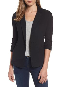Love casual blazers that are lightweight with no shoulder pads (or minimal shoulder pads). Shoulder pads look silly on me