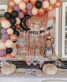 "𝒜𝓊𝓇𝑒𝓁𝒾𝑒 𝐸𝓇𝒾𝓀𝓈𝑜𝓃 / 𝒟𝐼𝒴-𝑒𝓇 on Instagram: ""Life is better when you're covered in glitter! . . . We had the best day celebrating our big 8 year old, decorating pumpkins, eating too…"""