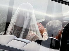 The car carrying Catherine Middleton and her father Michael Middleton is seen ahead of the Royal Wedding of Prince William to Catherine Middleton at Westminster Abbey on April 2011 in London, England. Royal Brides, Royal Weddings, Duchess Kate, Duchess Of Cambridge, Maisie Williams, Royal Wedding 2011, William Kate Wedding, Principe William Y Kate, Middleton Wedding
