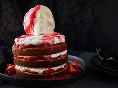 Get Halloween Strawberry Shortcake Skull Cake Recipe from Food Network White Chocolate Sauce, Chocolate Melting Wafers, Round Cake Pans, Round Cakes, Strawberry Sauce, Strawberry Shortcake, Halloween Desserts, Halloween Treats, Halloween Party