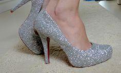 Sapatos customizados com glitter - Reciclagem