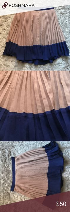 Forever 21 Skirt very nice brown and blue skirt from forever 21, size is S Forever 21 Skirts