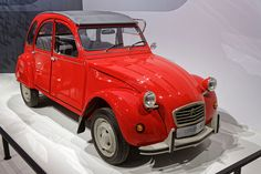 From Wikiwand: Citroën 2CV