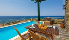 Sunset Views at villa Elafonissi with Private Pool and Sea Views! Crete Holiday, Famous Beaches, Sunset Sea, Outdoor Furniture Sets, Outdoor Decor, Paris, Vacation Villas, Private Pool, Swimming Pools