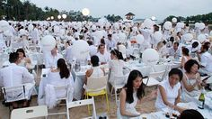 White and dine picnic in Sentosa at third Diner En Blanc Diners, Picnic, French, Restaurants, French People, Food Dinners, Picnics, French Language, France
